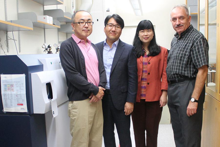 Glen Kwon, Seungpyo Hong, Lingjun Li, Sandro Mecozzi